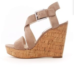 MICHAEL Michael Kors Giovanna wedge size 7 1/2